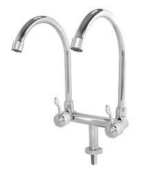 3044-double spout tap w swivel G 250x210